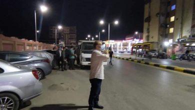 Photo of أعمال نظافة وتجميل وتجريف ورفع الرمال ليلا بالعديد من الشوارع بنطاق حى المناخ
